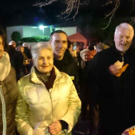 Martina Hoffman und Gabriele Böhle mit Gästen